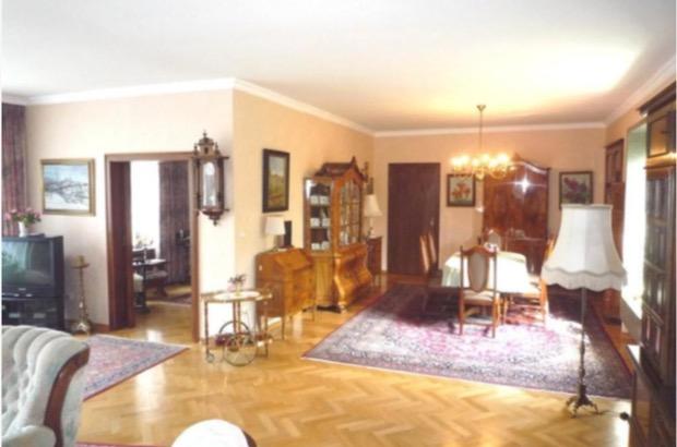h user kaufen sch fer und b lt. Black Bedroom Furniture Sets. Home Design Ideas